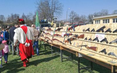 Wystawa broni palnej w 16 Batalionie Powietrznodesantowym w Krakowie